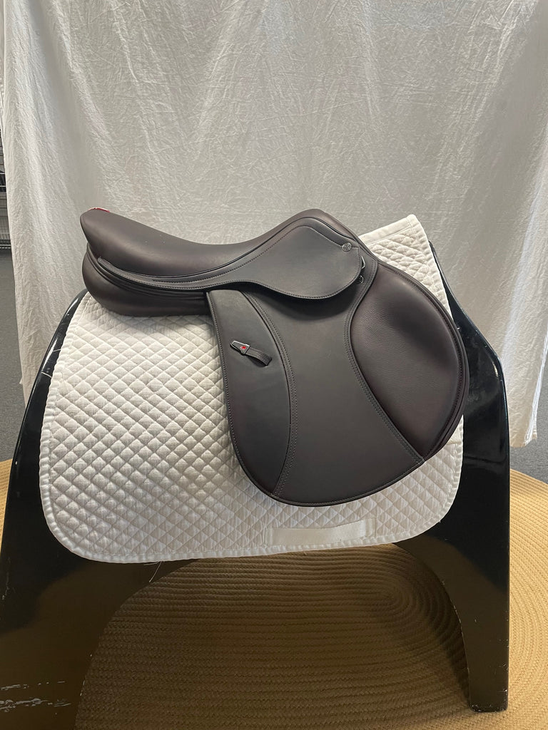 Demo Equipe Synergy Jump Saddle