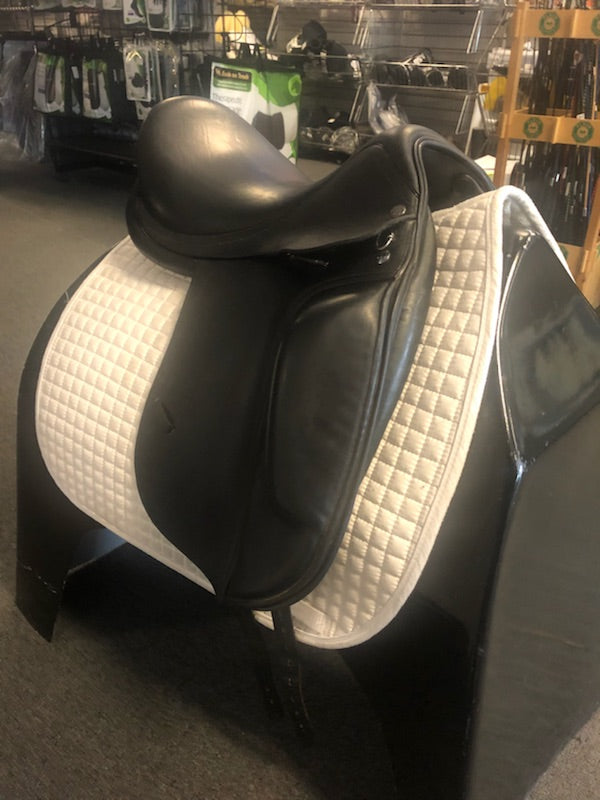 "Used Verhan Odyssey  18""  Dressage Saddle"