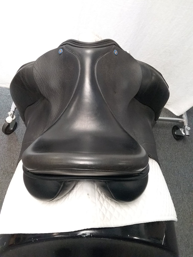 "Used Dresch Couture Line Dressage Saddle 17.5""  Black with Patent Cantle"