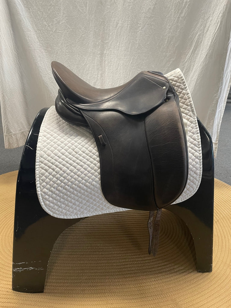 "HOLD: Used Schleese Triumph 17.5"" Dressage Saddle"