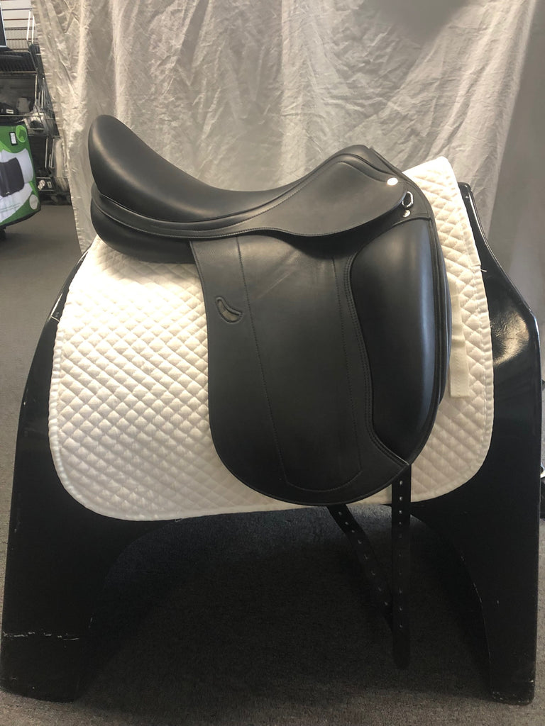 Demo Equipe Emporio Monoflap Dressage Saddle - 18""
