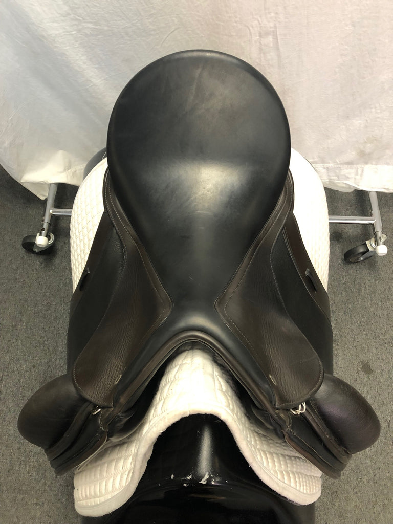 "Used Schleese Obrigado Monoflap 17.5"" Dressage Saddle"