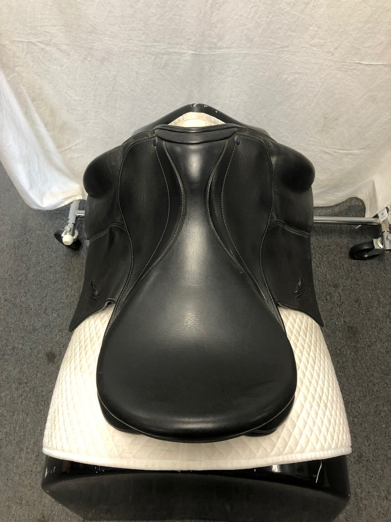 "Used Stubben Genesis NT 18"" Dressage Saddle"