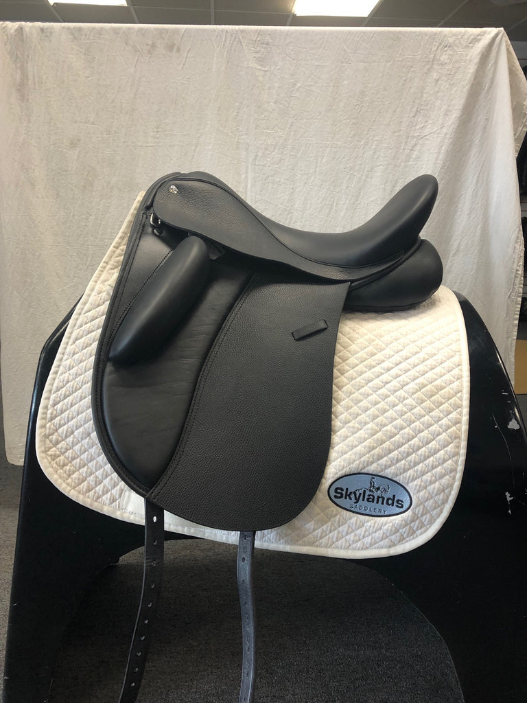 "HOLD:  Demo Wolfgang Signature Solo 17.5"" Dressage Saddle"