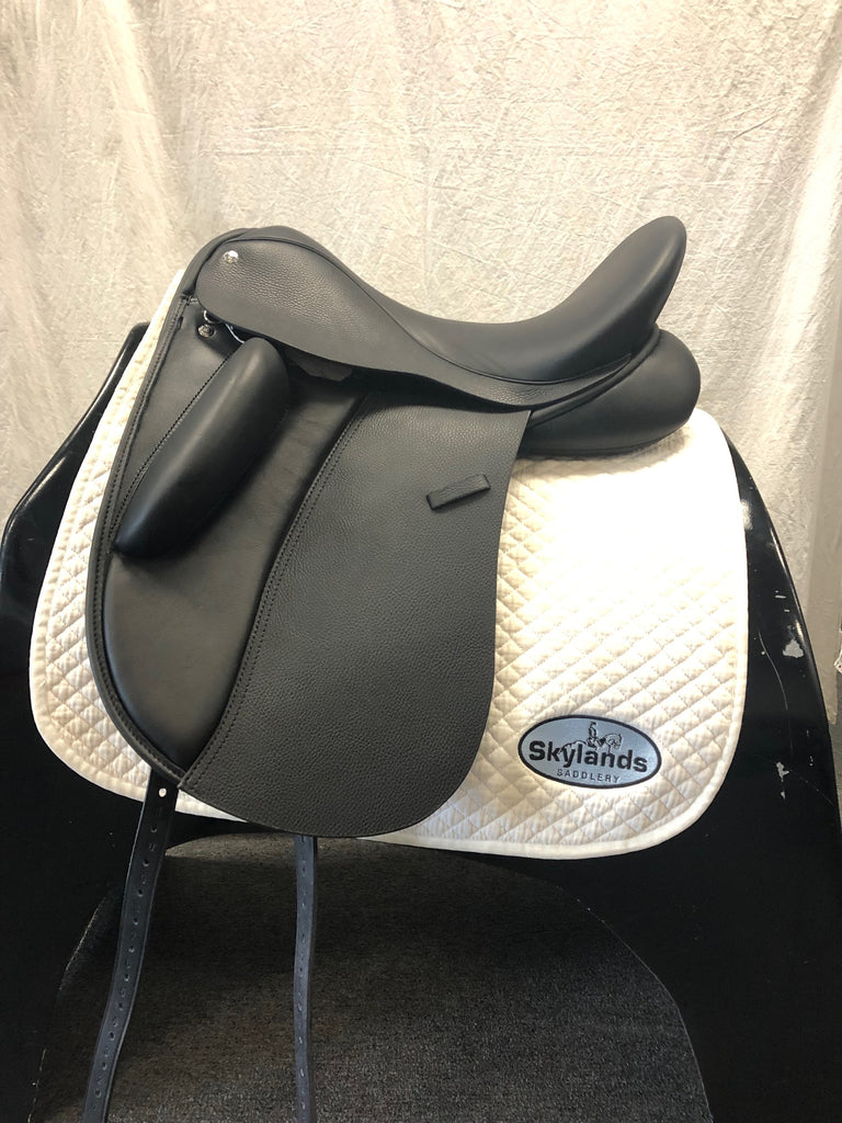 "SAVE $800!  Demo Custom Saddlery Wolfgang Signature Solo 17.5"" Dressage Saddle"