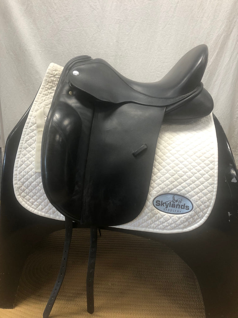 "Used Trilogy Amadeo 17.5"" Dressage Saddle"