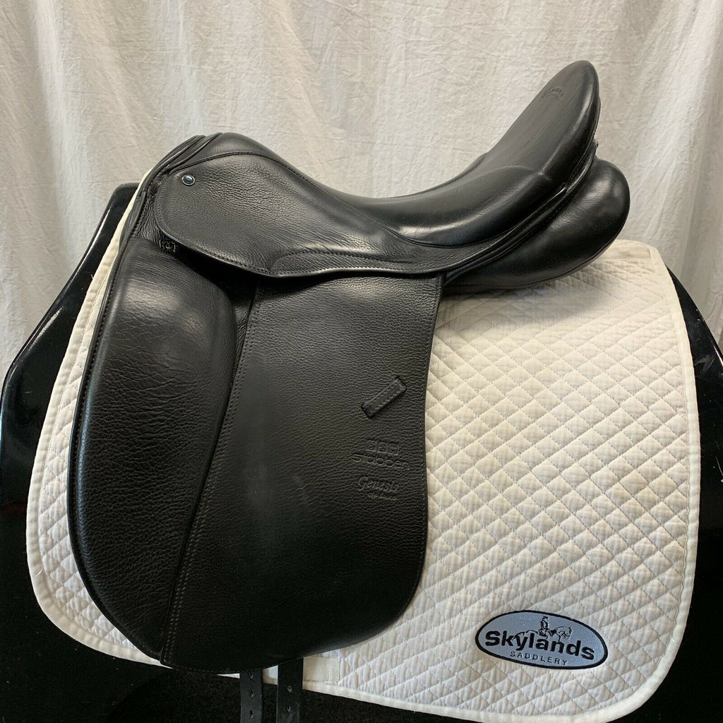 "Used Stubben Genesis Deluxe with Biomex Dressage Saddle - Size 17.5"" - Black"