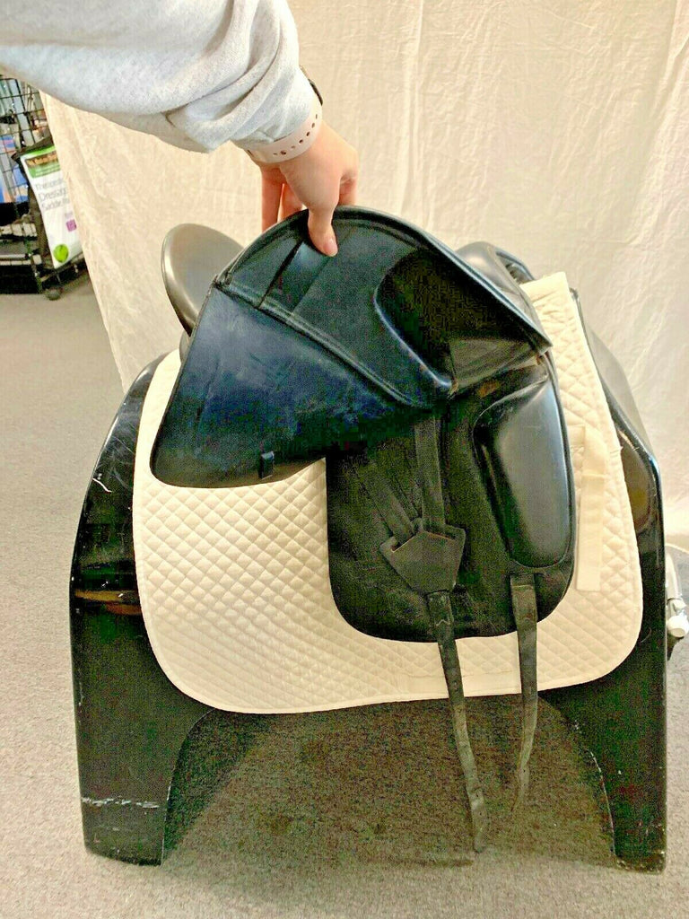 "Used Verhan Odyssey 17""  Dressage Saddle"