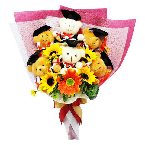 Graduation Bouquet (6 Bears)