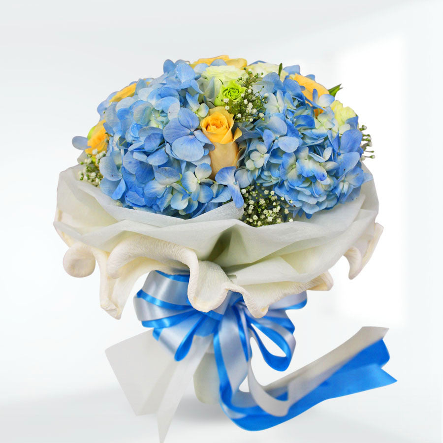 Lovely Bouquet Of Hydrangea, Rose, Lisianthus and Gypso