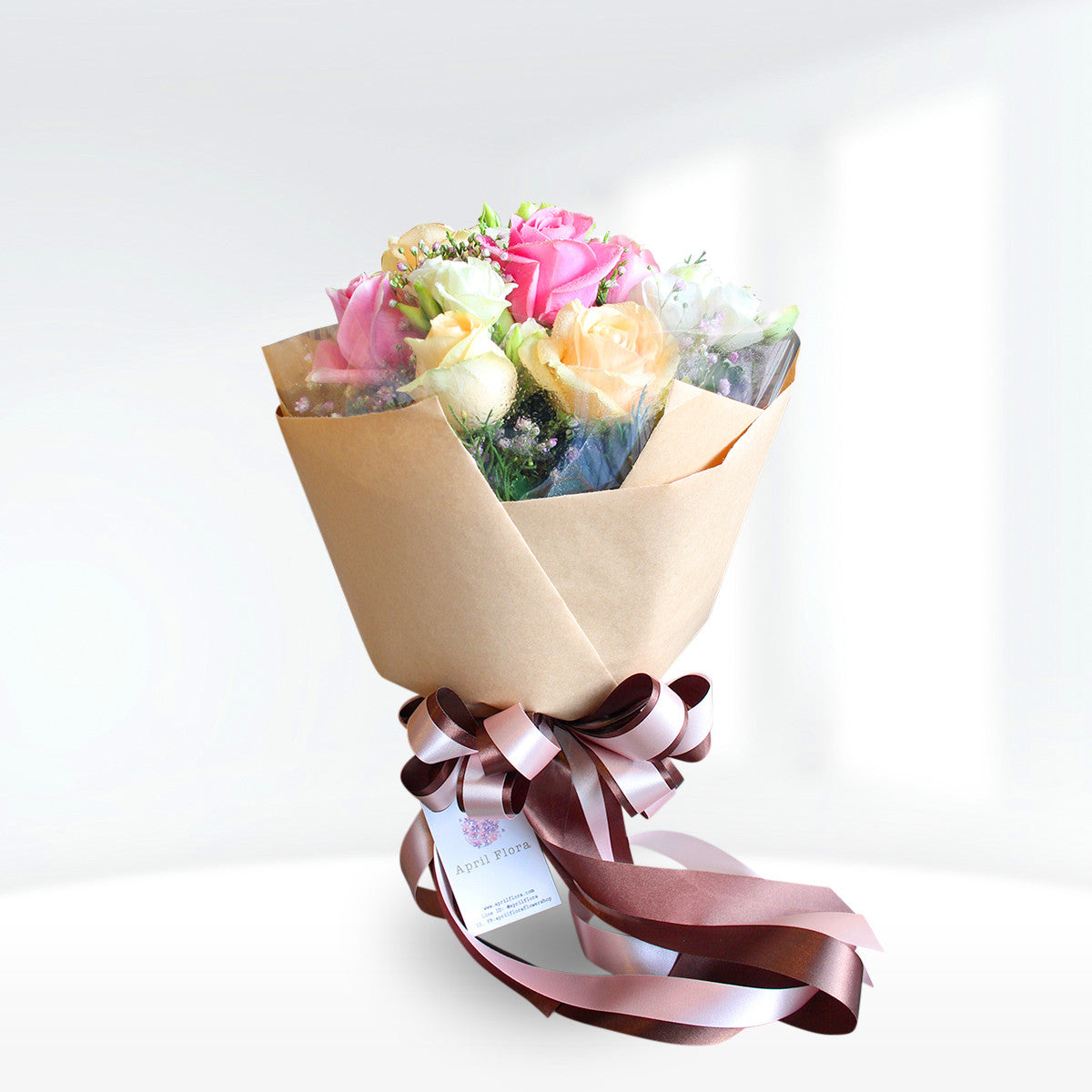 Magic Bouquet Of Pastel Roses And Lisianthus