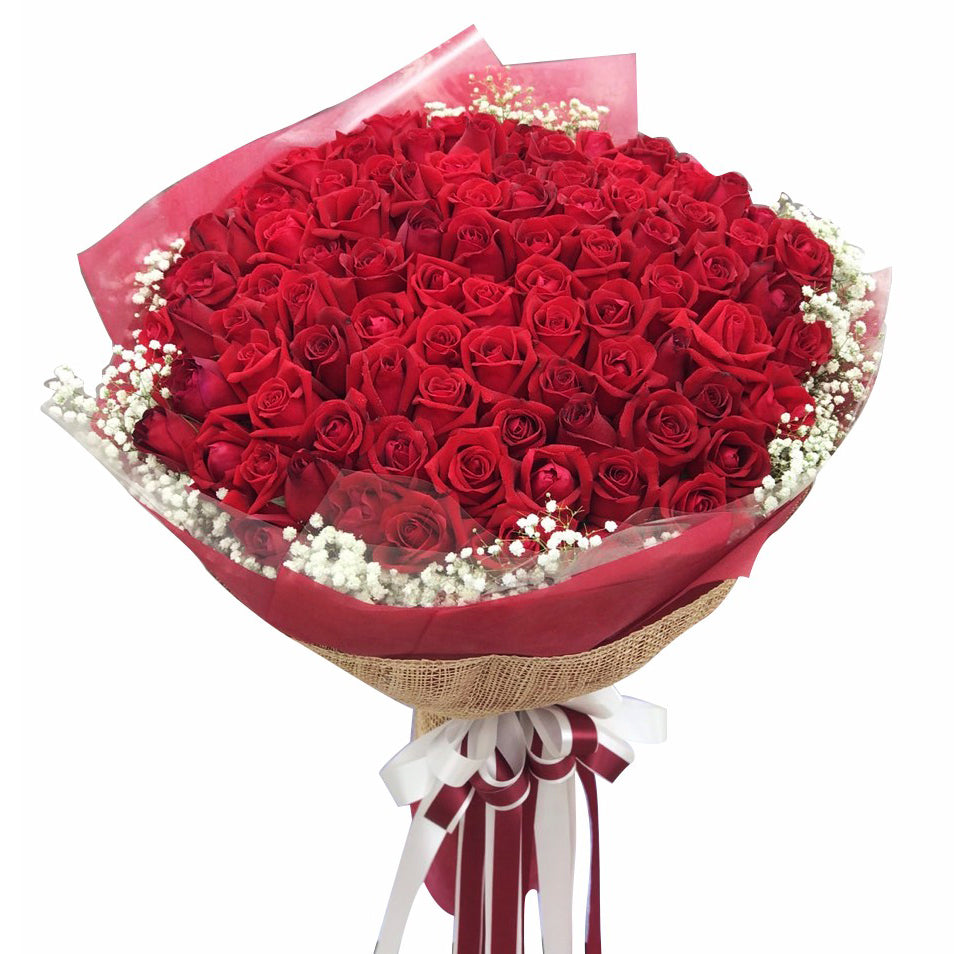 100 Red Roses Bouquet with gypsy