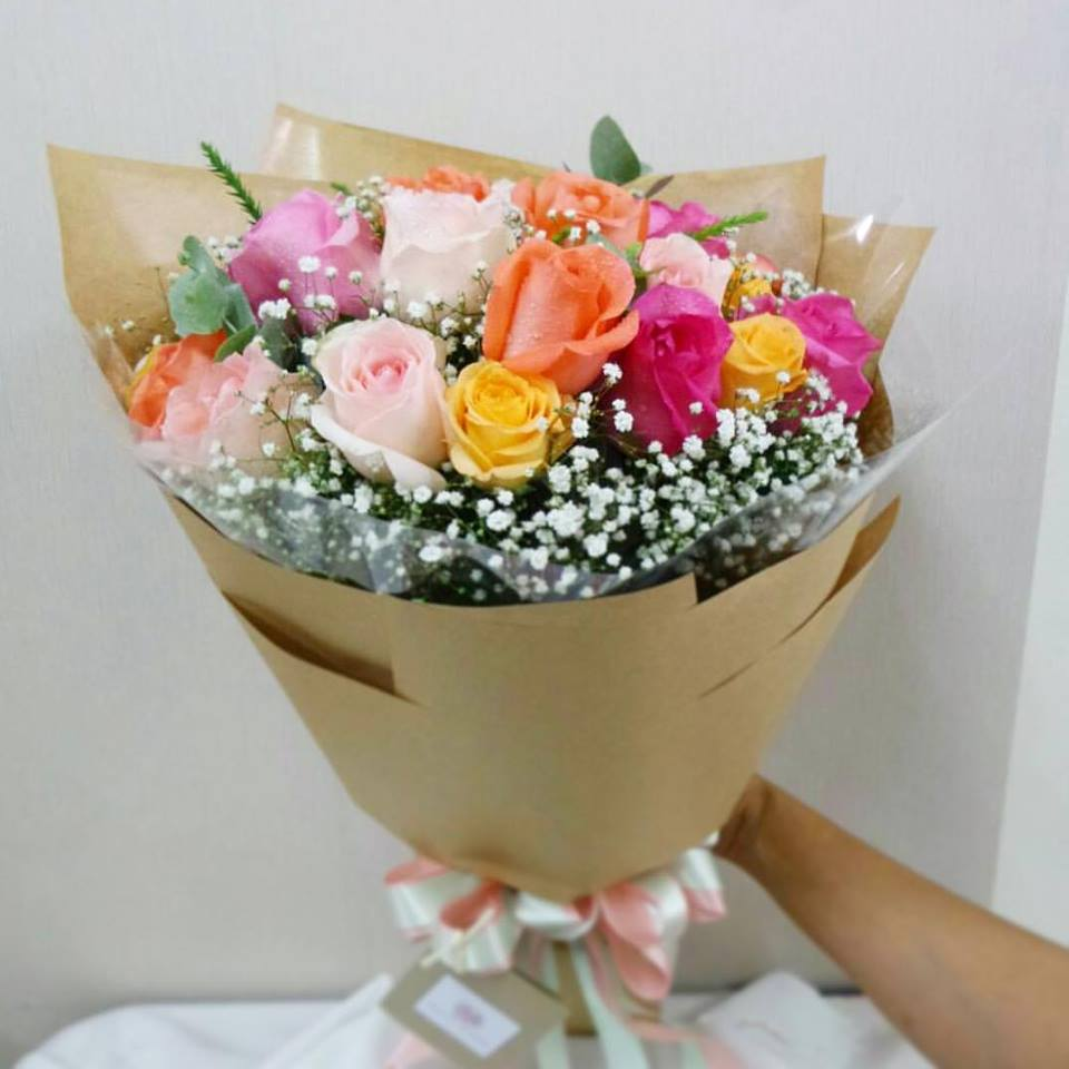 Magic Bouquet Of Pastel Roses And Lisianthus - April Flora