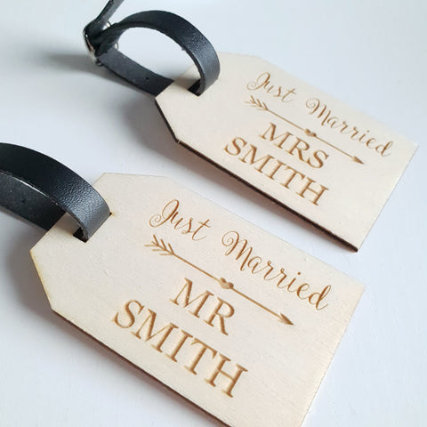 Wooden Luggage Tags - Couple