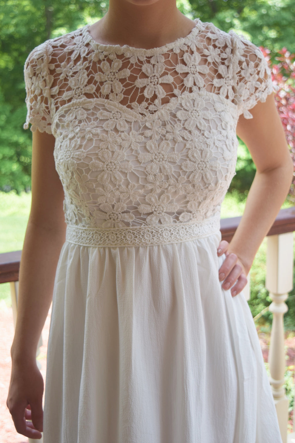 White Floral Lace Dress - Mint Pop Shop