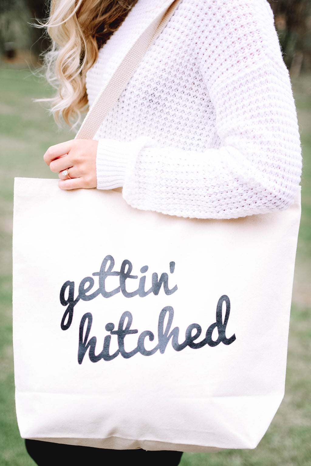 'Getting' Hitched' Canvas Tote