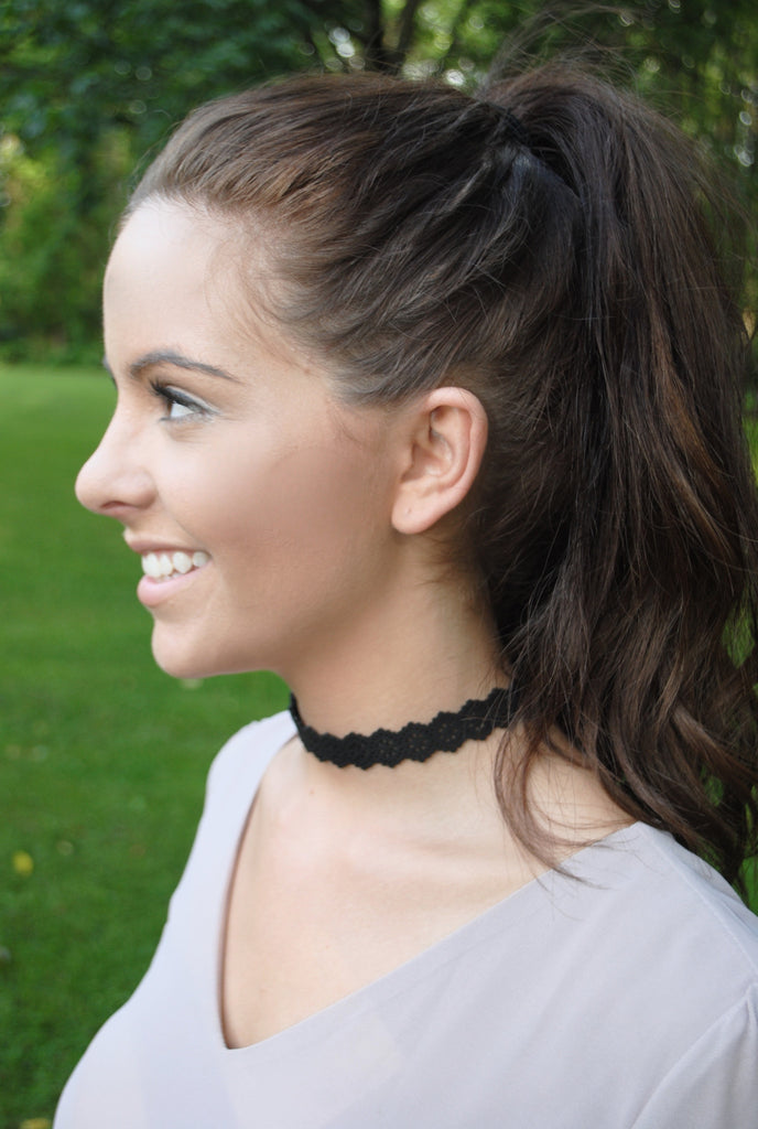 Suede Floral Choker - Mint Pop Shop