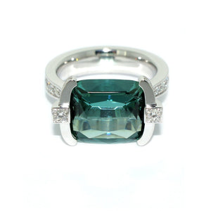 white-gold-ring-indicolite-tourmaline-diamond-gemstone-ring-Sydney-jewellers-Lizunova-Chifley-Square