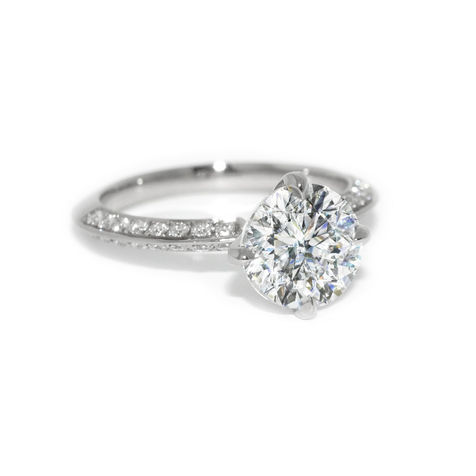 custom-made-diamond-engagement-ring-knife-edge-Sydney-jewellers-Lizunova-Chifley-Square