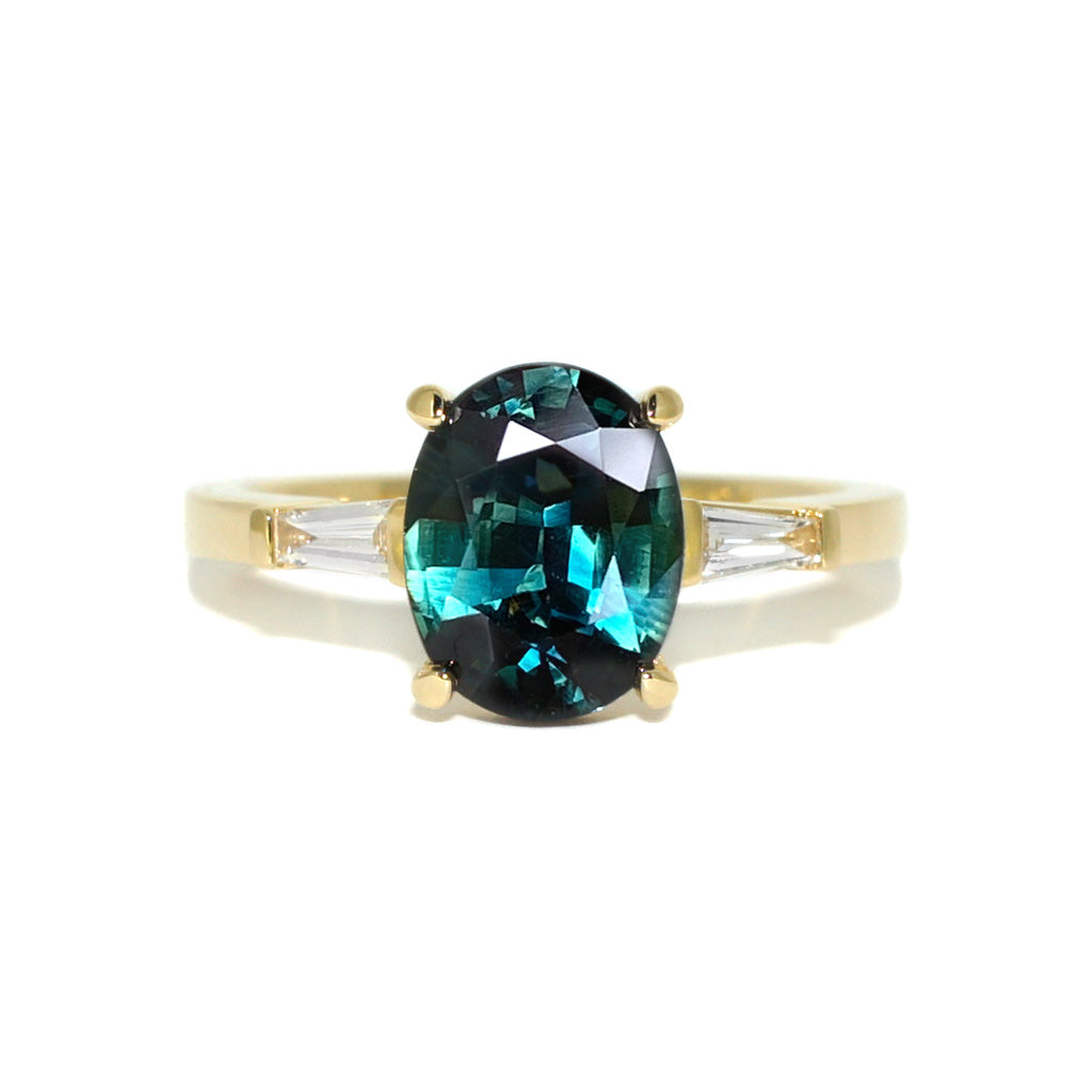Bespoke-custom-made-engagement-ring-oval-teal-sapphire-diamonds-yellow-gold-Sydney-jeweller-Lizunova-Fine-Jewels-Chifley-Square
