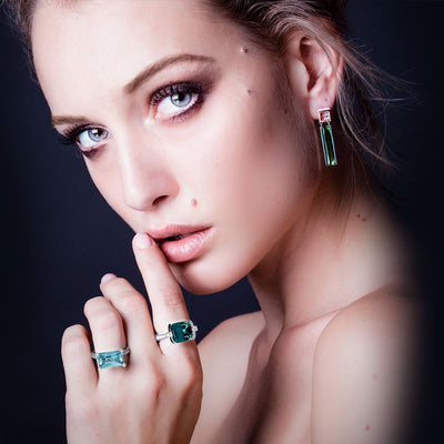 Custom-made-white-gold-ring-indicolite-tourmaline-diamonds-Sydney-jeweller-Lizunova