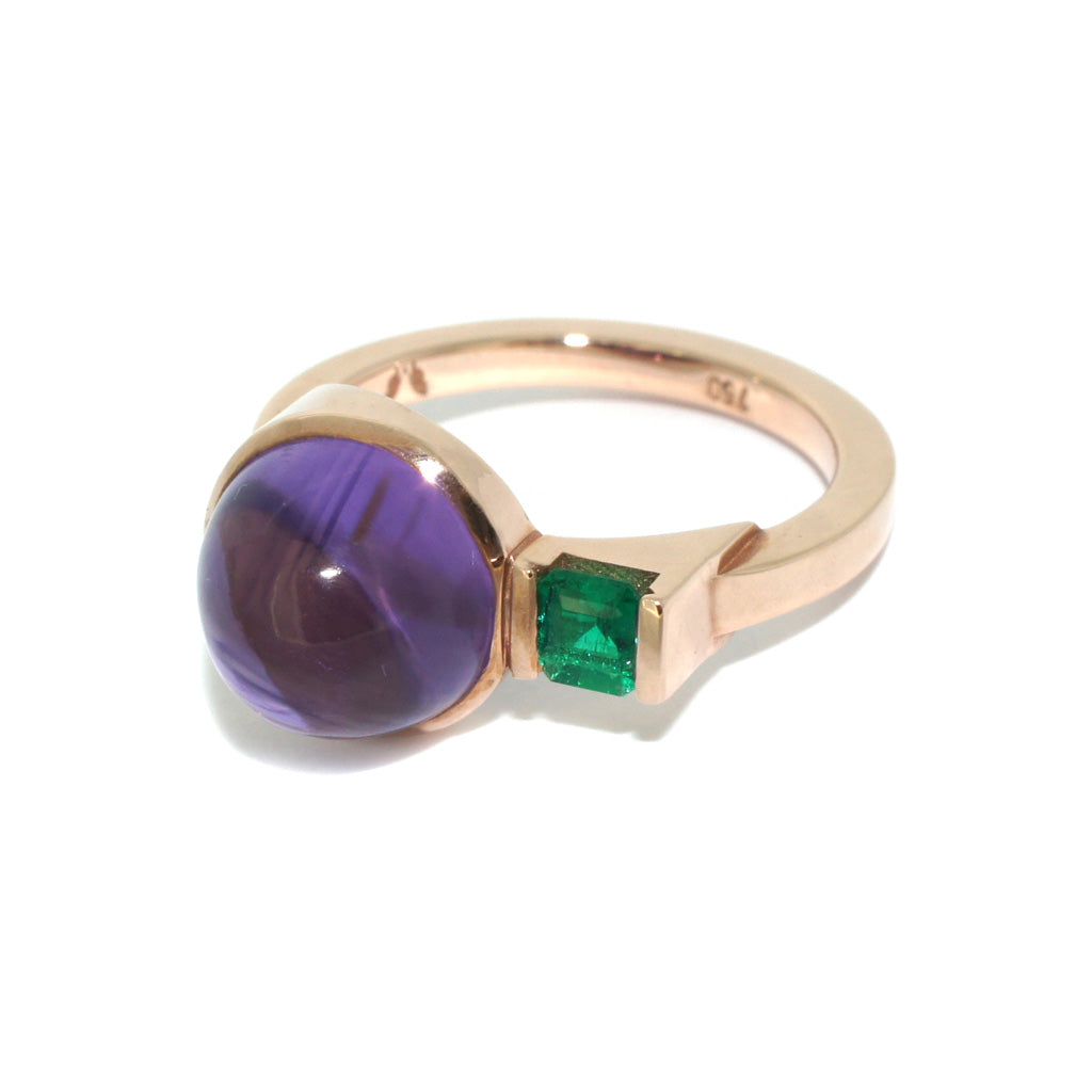 Rose-gold-two-stone-ring-emerald-amethyst-contemporary-dress-ring-by-Sydney-jewellery-designer-Lizunova