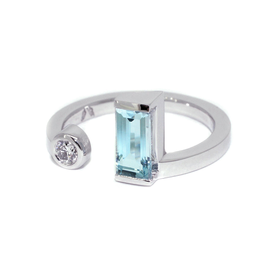 moi-et-toi-white-gold-aquamarine-diamond-ring-sydney-jewellery-designer-lizunova