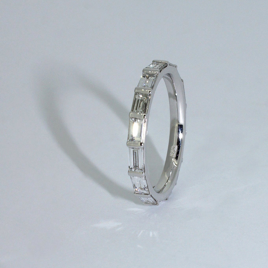 custom-made-platinum-baguette-diamond-wedding-ring-sydney-jewellery-designer-lizunova
