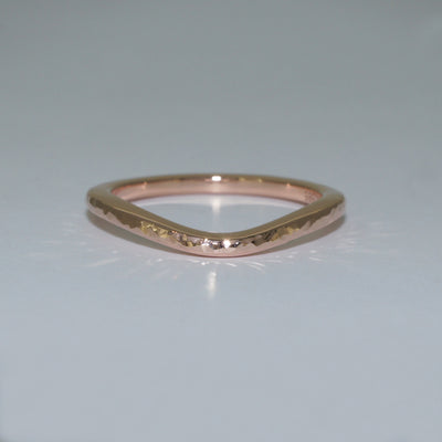 custom-made-rose-gold-curved-wedding-band