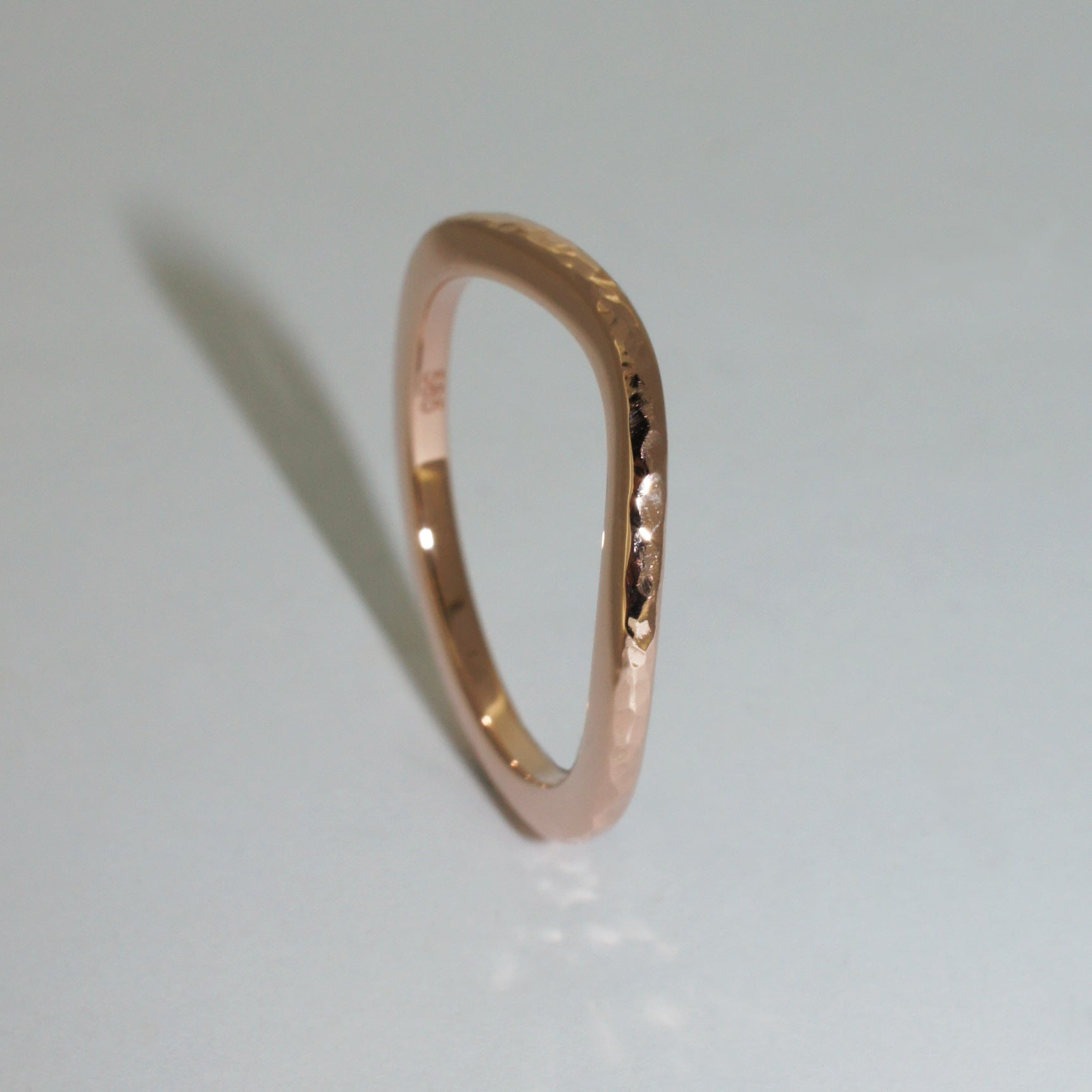 custom-made-rose-gold-curved-fitted-wedding-band-sydney-jewellers-lizunova