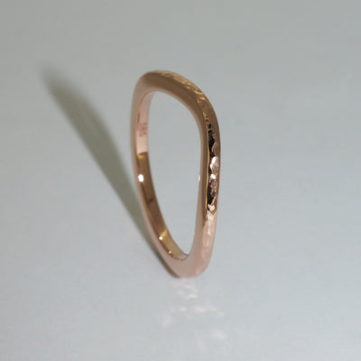custom-made-rose-gold-fitted-wedding-band