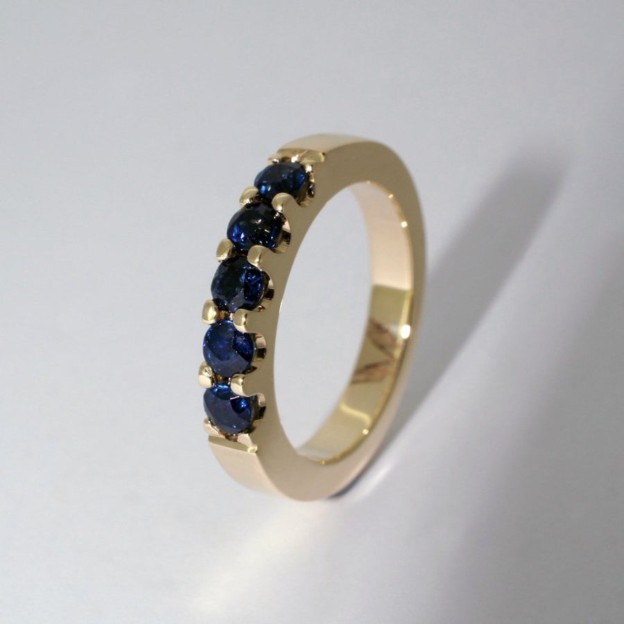 custom-made-stack-ring-sapphires-yellow-gold-sydney-jewellery-designer-lizunova