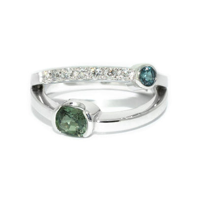 Custom-made-engagement-ring-white-gold-alexandrites-diamonds-Sydney-jeweller-Lizunova