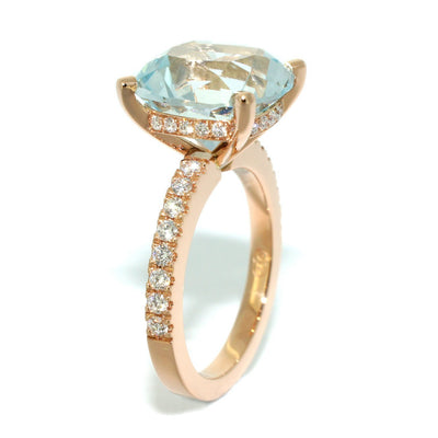 Custom-made-engagement-ring-rose-gold-aquamarine-diamonds-by-Sydney-jeweller-Lizunova
