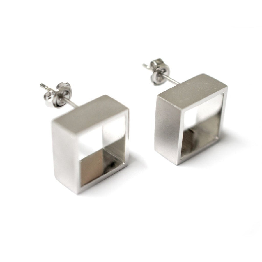 geometric-square-earrings-white-gold-contemporary-sydney-jeweller-lizunova