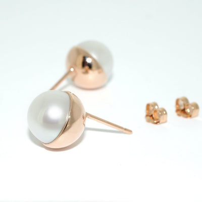 rose-gold-white-pearl-stud-earrings-sydney-jewellers-lizunova