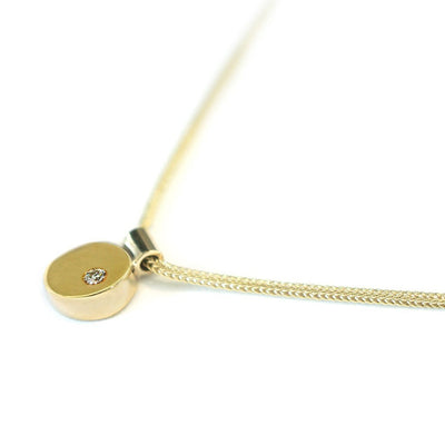 Geometric-diamond-pendant-necklace-yellow-gold-Sydney-jeweller-Lizunova