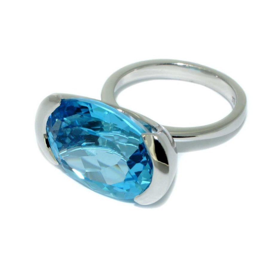 white-gold-topaz-cocktail-ring-contemporary-sydney-jeweller-lizunova