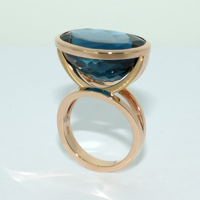 rose-gold-topaz-cocktail-ring-sydney-jewellery-designer-lizunova