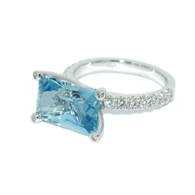 custom-made-engagement-ring-aquamarine-white-gold-diamonds-sydney-jewellers-lizunova