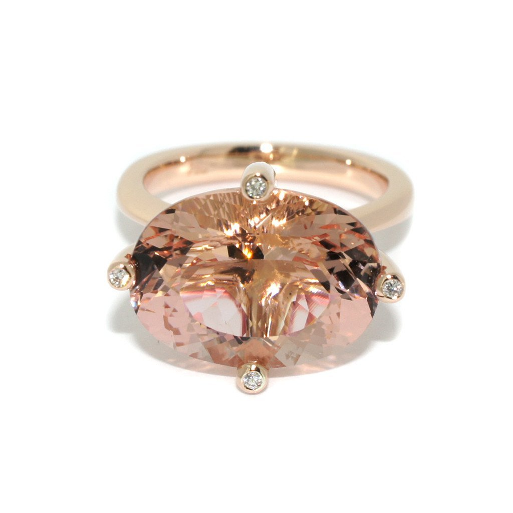 Morganite-rose-gold-diamond-cocktail-ring-by-Sydney-jewellers-Lizunova