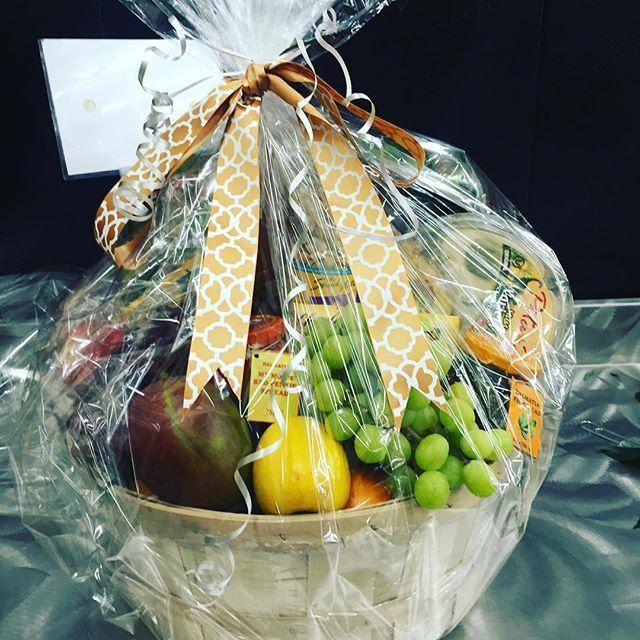 None-Preservative Basket - Mikells Florist
