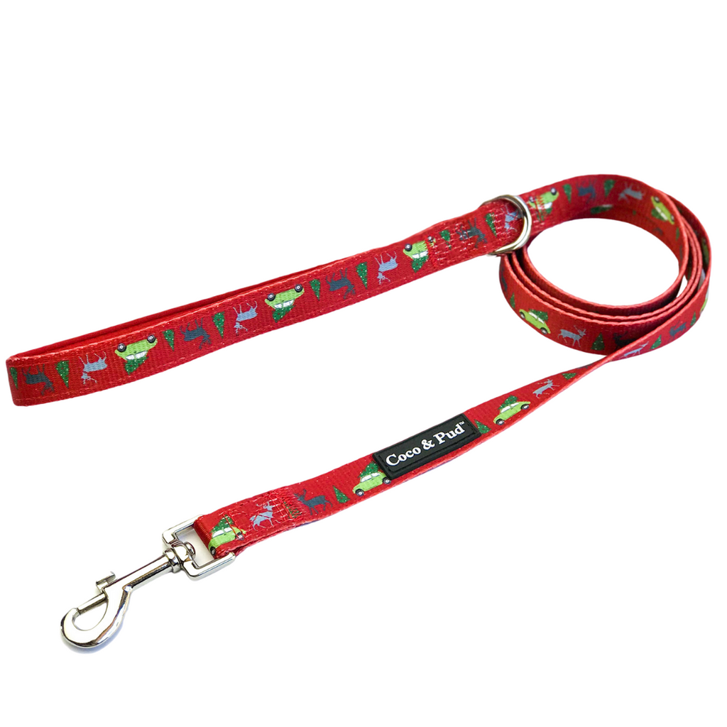 Coco & Pud Deck The Paws Christmas Dog Lead