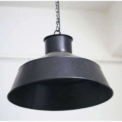 Plain Black Metal Pendant Light