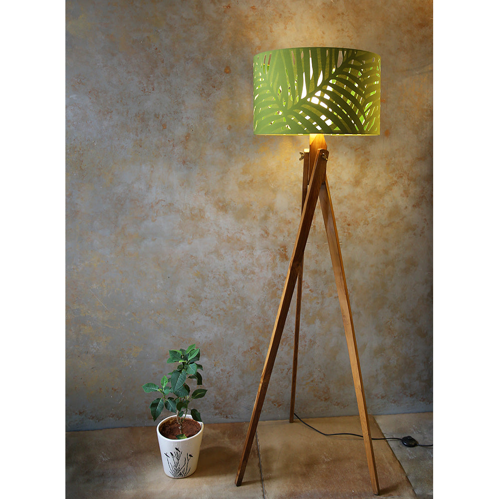 Wooden Tripod Lamp with Palm Shade