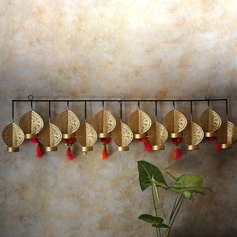 Mayur 13 Wall T-light holder