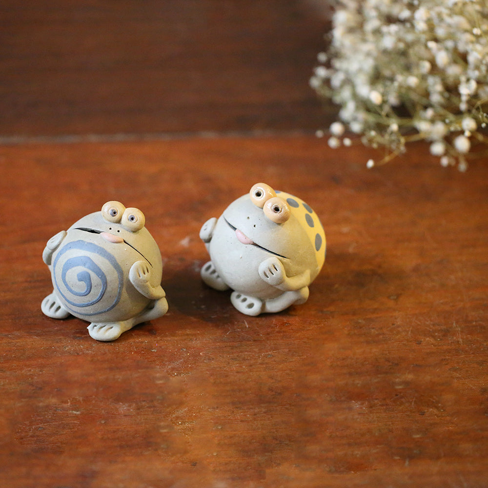 Ceramic Frogs (Set of 2)