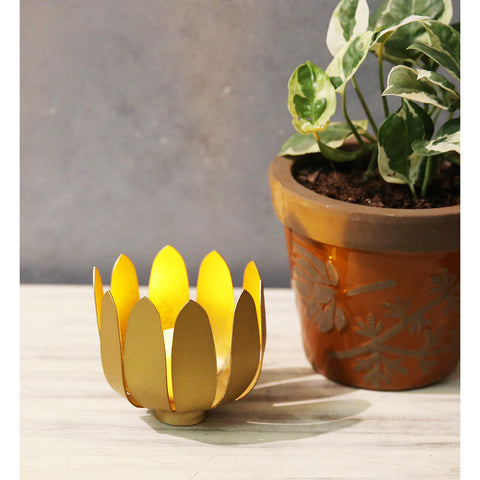Lotus Candle Holder S