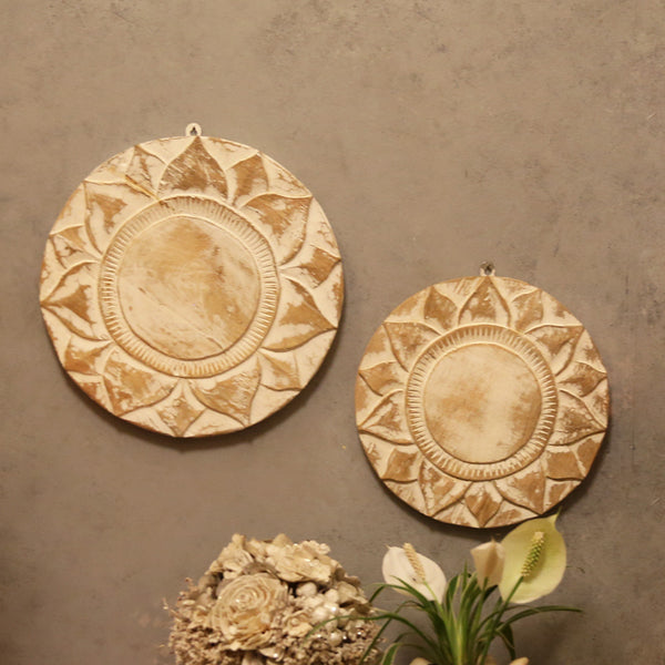 Wooden Carved Round Panel (Set of 2)