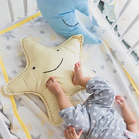 Dreamy Star Cushion
